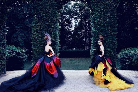 dior-dress-in-fashion-book