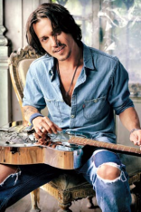 johnny-depp-profile
