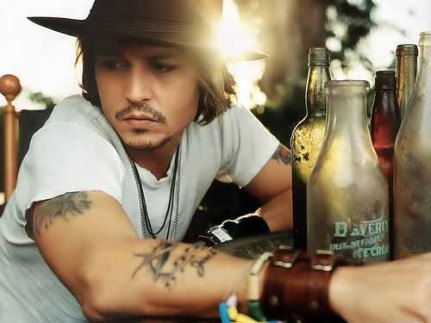 jonny-depp-many-hat