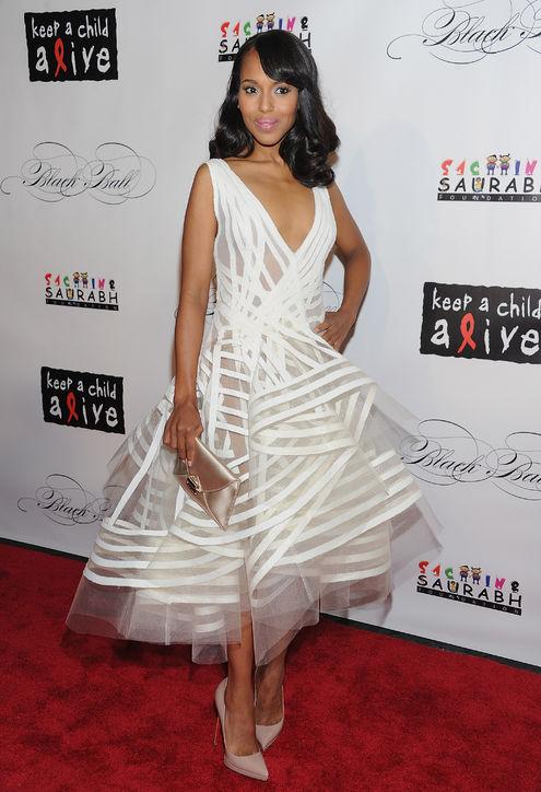 kerry-washington-white-dress-donna-karan-2011-h724  AFICIONADOL