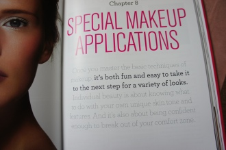 bobbi brown/ makeup manual