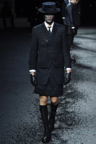 19 thom browne aw 15-16
