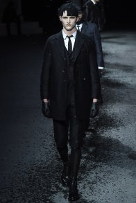 29 thom browne aw 15-16