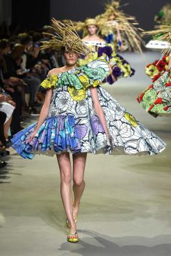 Viktor & Rolf SS 15 HAUTE COUTURE 14