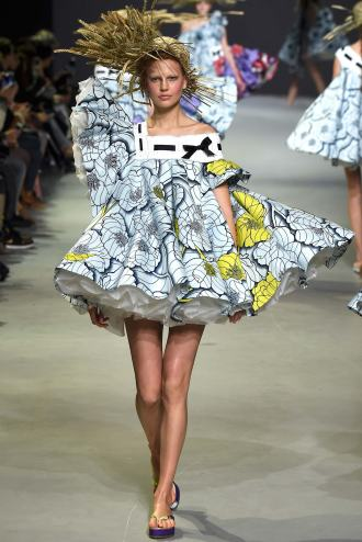 Viktor & Rolf SS 15 HAUTE COUTURE 3
