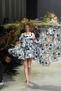 Viktor & Rolf SS 15 HAUTE COUTURE 6