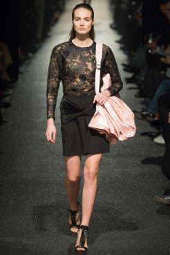 Alexis Mabille AW 15-16 23