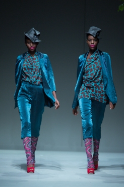 Phetogo Louwfant closing for Clive Rundle ss15