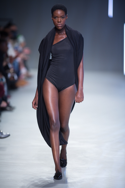 Phetogo Louwfant walking for ERRE ss15