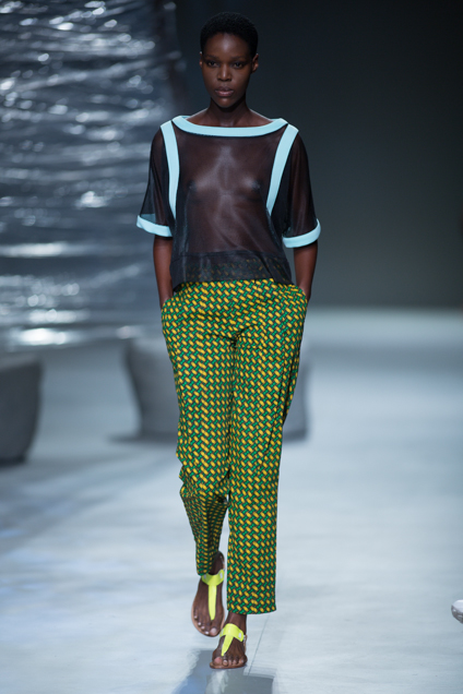 Phetogo Louwfant walking for Fundudzi by craig jacobs ss15