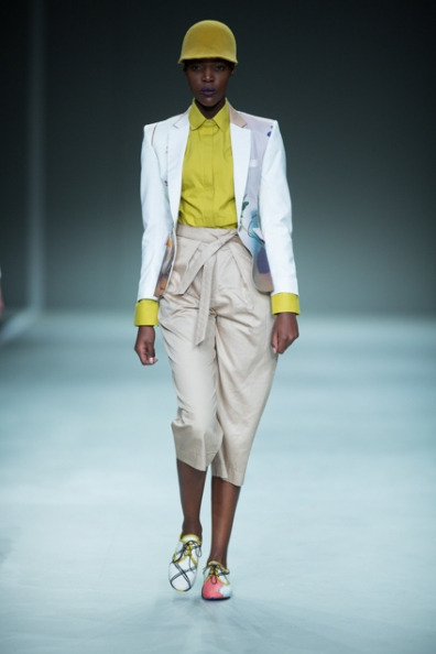 Phetogo Louwfant walking for house of Ole ss15