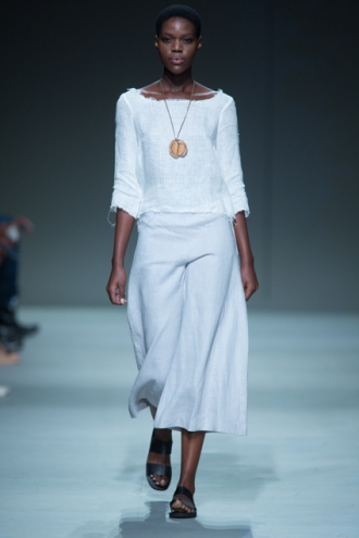 Phetogo Louwfant walking for Lunar ss15