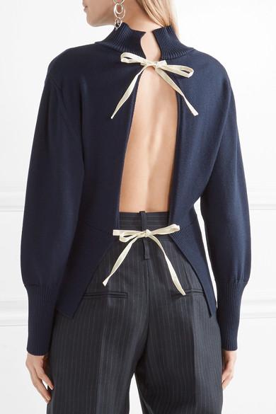 jacquemus-tie-back-wool-turtleneck-sweater-2